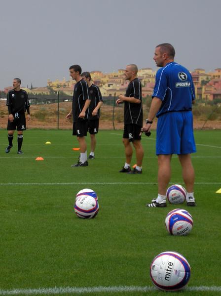 2009-01-27_football2