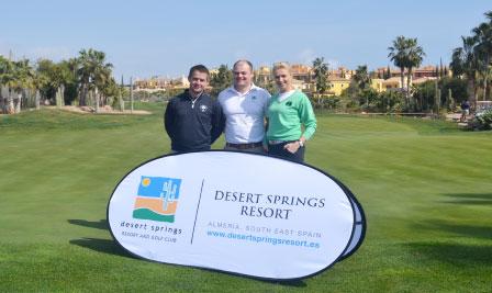 De izquierda a derecha: Donal Scott, Primer Entrenador de la ILGU, Chris Kelly, Profesional Principal de la ILGU y Clodagh Hopkins, Directora de la ILGU en Desert Springs Resort