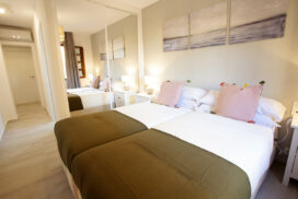 153 Las Sierras III Main Bedroom 02
