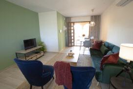 154 Las Sierras III Lounge 02