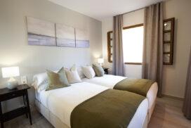 253 Las Sierras III Main Bedroom 01