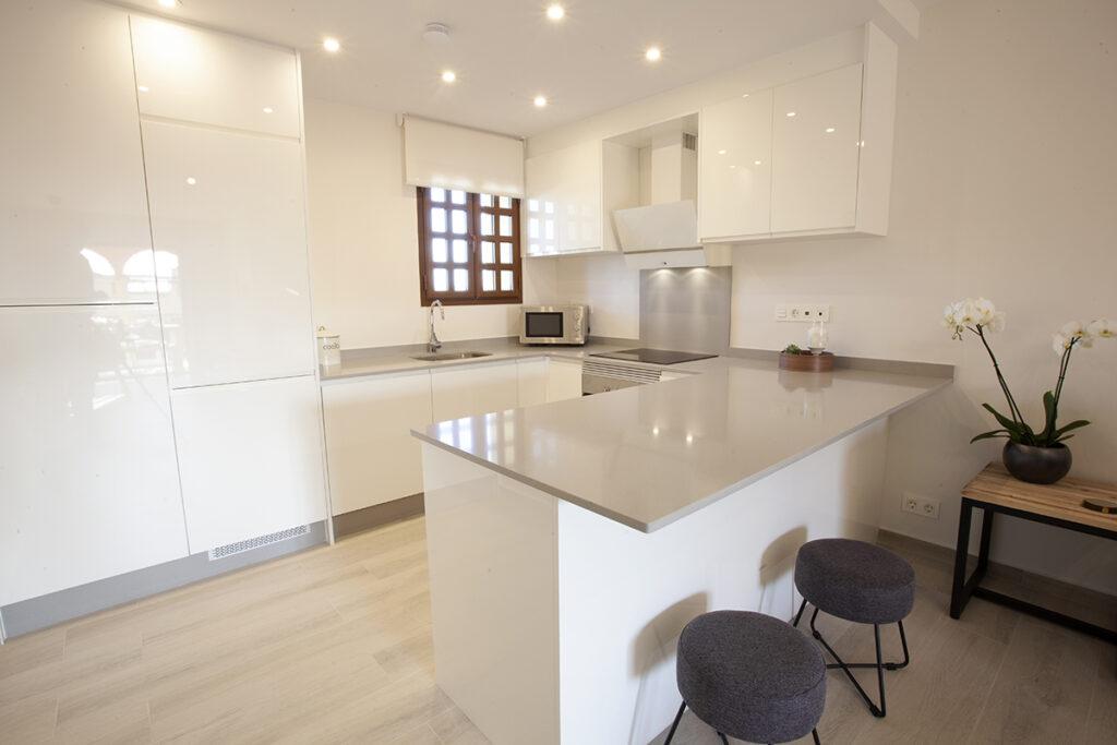 254 Las Sierras III Kitchen