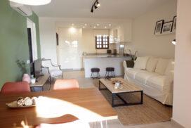 254 Las Sierras III Lounge 03